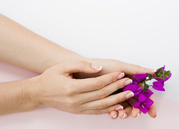 Lav flotte negle med gel polish