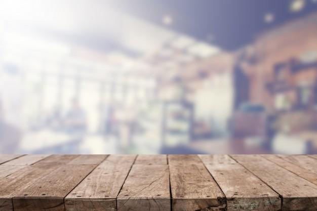 Vælg plankebordet som det næste spisebord